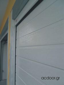 Χαλάνδρι - σπαστές γκαραζόπορτες οροφής (2)